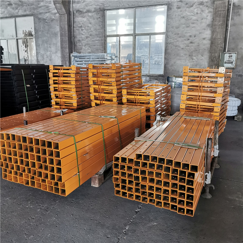 Painted steel  electric lifting gondola platforms load container