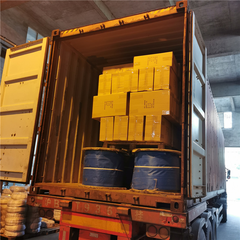 Accessories for suspended platforms such as electric power cable,safety locks, and steel wore ropes loads container.